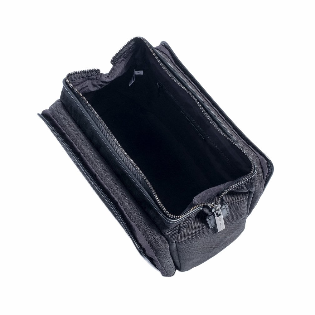 Hook & Albert Twill Toiletry Kit (Gray)