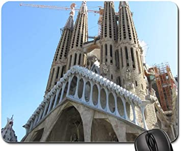 Amazon Com Mouse Pad Sagrada Familia Barcelona Church Gaudi Spain Office Products