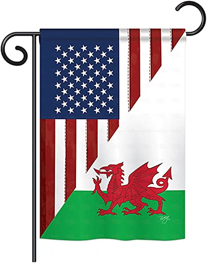 Breeze Decor Us Wales Friendship Flags Of The World Everyday Impressions Decorative Vertical Garden Flag 13 X 18 5 Printed In Usa Garden Outdoor