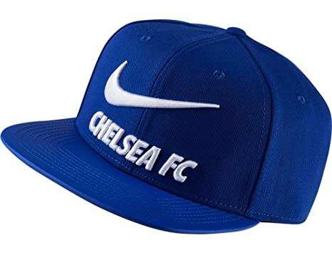 33b9347e02ffe Amazon.com   Nike 2018-2019 Chelsea Adjustable Cap (Blue)   Sports ...