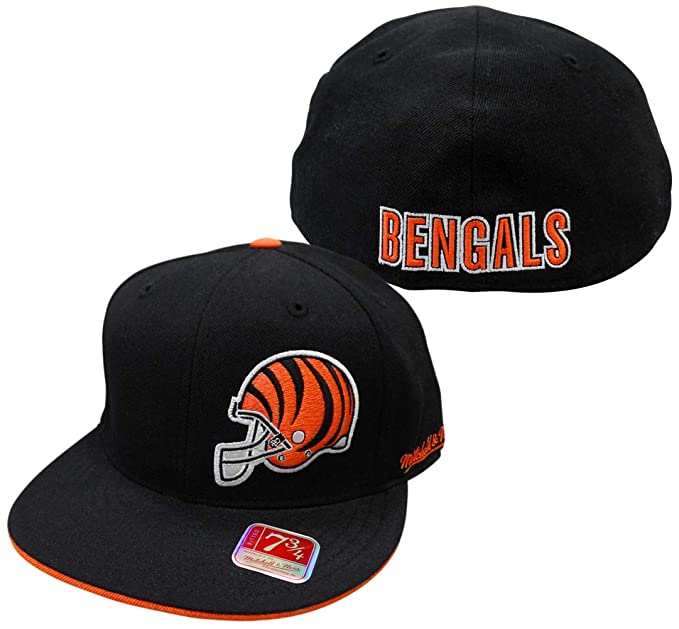 finest selection ca1d5 3b373 Amazon.com: Cincinnati Bengals Black Mitchell And Ness ...