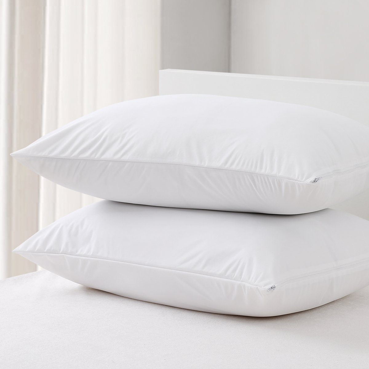 MZXcuin 100% Waterproof Pillow Protectors, [2 Pieces] Premium Bedding Dust Mite Bug Resistant Pillowcase, Hypoallergenic Zippered Pillow Covers Encasement (White, King 20'' x 36'')