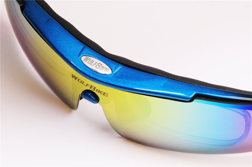 239e13e027 Amazon.com   Wolfbike POLARIZE Sports Cycling Sunglasses with 5 Set  Interchangeable Lenses Blue Frame   Sports   Outdoors