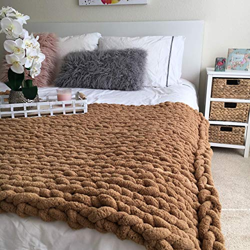 New trend! Anti shedding yarn 100% polyester Chenille yarn Arm knitted blanket chunky throw cable knit - great for a baby/not shedding