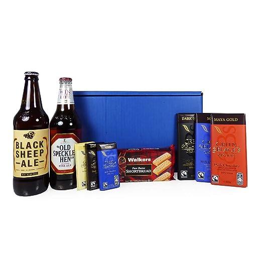 La caja de hombres con la cerveza y golosinas - idea de regalo para