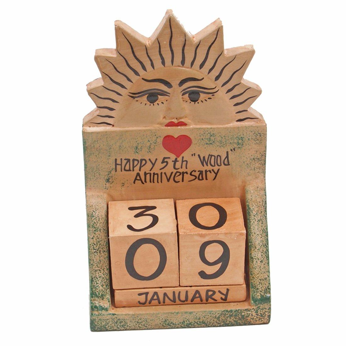 JustPaperRoses 5th Wedding Anniversary Gift Wood Calendar