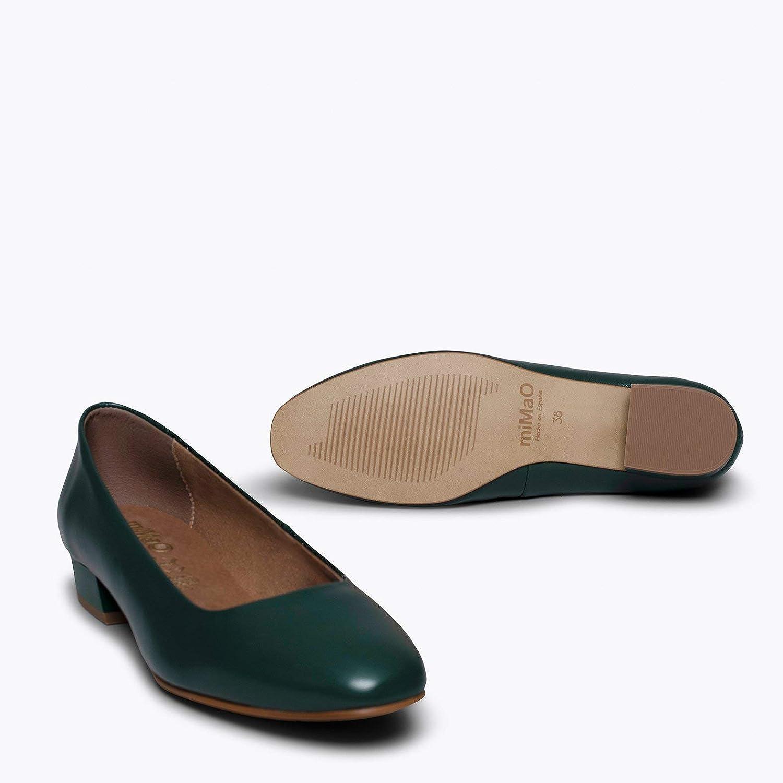 Zapatos miMaO. Zapatos de Piel Fabricados en España. Urban XS. Zapato Mujer Tacón Bajo. Manoletina Cómoda con Plantilla Gota Ultra Confort GE Verde aN7rd