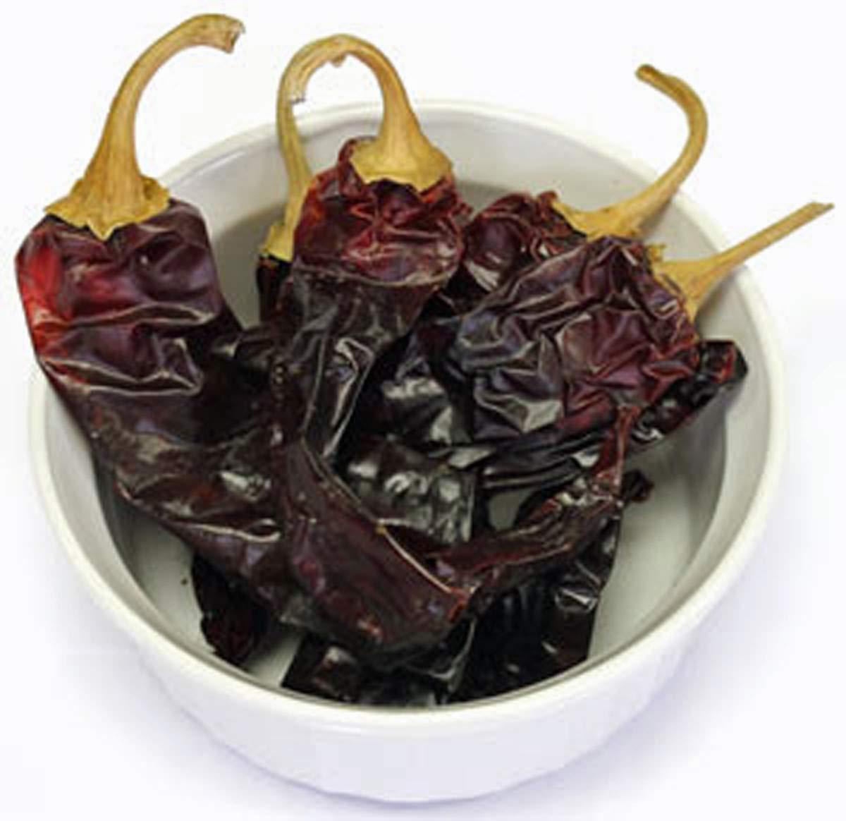 Guajillo Pepper, Whole Dried,1 lb , Non-GMO, Delicious Fresh Spicy Dried Pepper