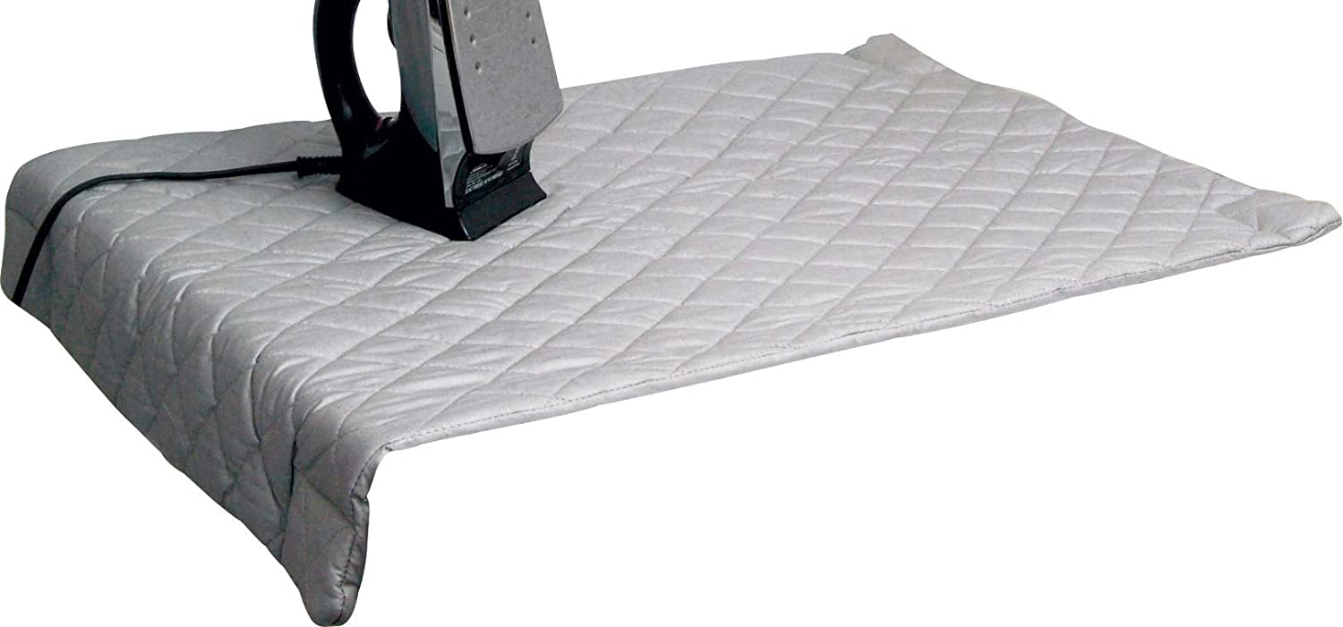 Amazon.com: WalterDrake Magnetic Ironing Mat: Home & Kitchen : quilted ironing mat - Adamdwight.com