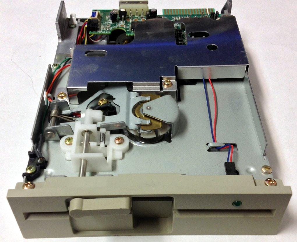 Panasonic JU-475-5AKJ 360K 5.25'' Floppy Disk drive by Panasonic