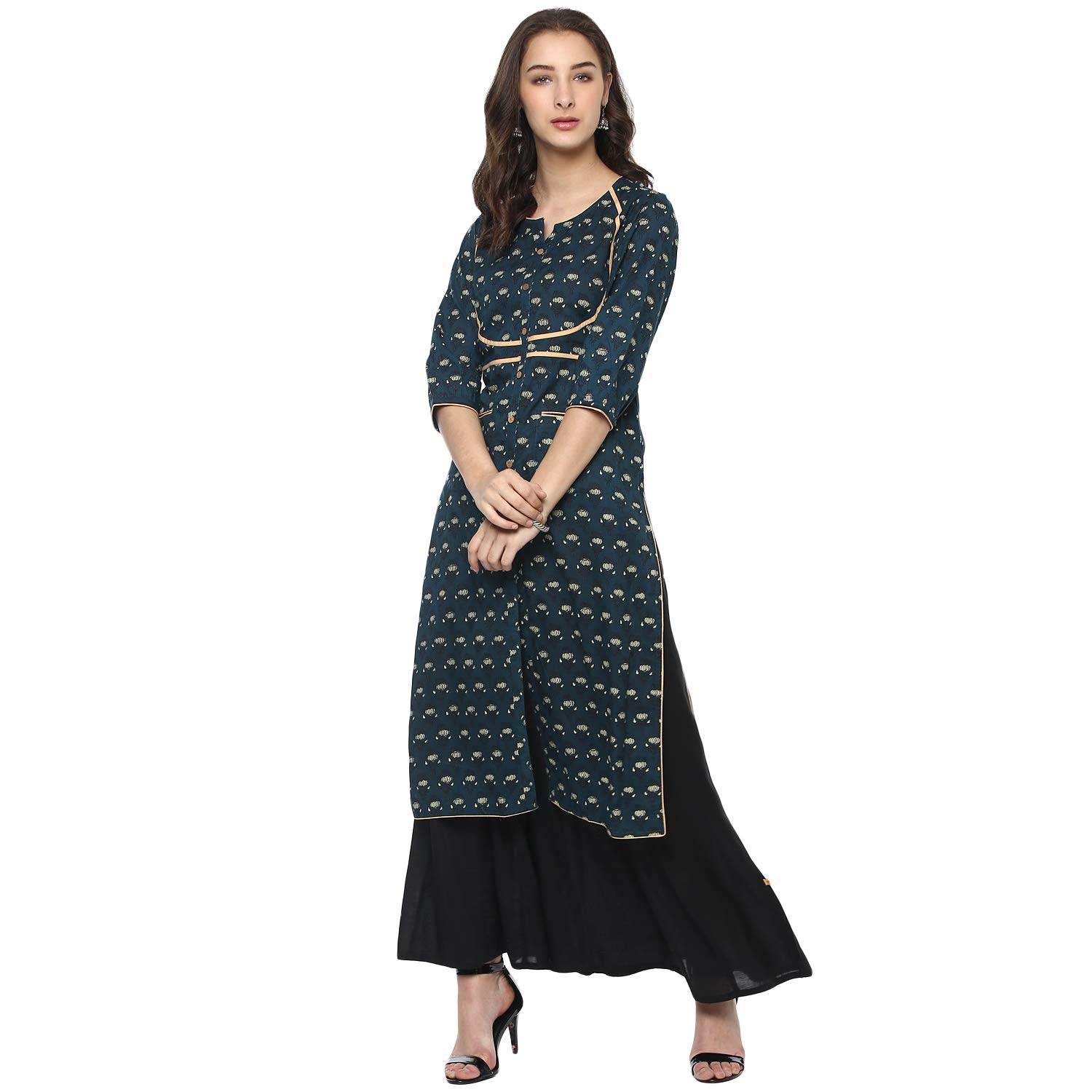 a4d1af0c10d Vedic Green Cotton Knee Length Printed Kurti for Women  Amazon.in  Clothing    Accessories