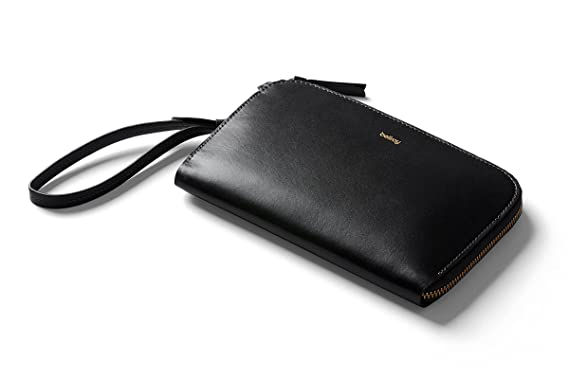 337cb8e500cb Amazon.com  Bellroy Women s Leather Clutch - Black  Clothing
