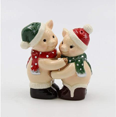 Amazon Com Cosmos Gifts 56586 Christmas Pig Salt And Pepper Shaker Tan Home Kitchen
