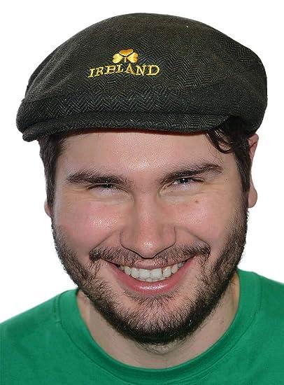 5fac855696b25 Carrolls Irish Gifts Green Tweed Cap With Yellow Ireland Emblem at Amazon  Men s Clothing store