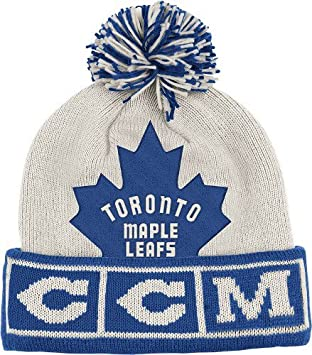 a9c80f553 Toronto Maple Leafs CCM Vintage NHL Cuffed Pom Knit Hat, Novelty Headwear -  Amazon Canada