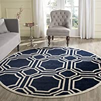 Safavieh Amherst Collection AMT411P Navy and Ivory Indoor/ Outdoor Round Area Rug (5' Diameter)