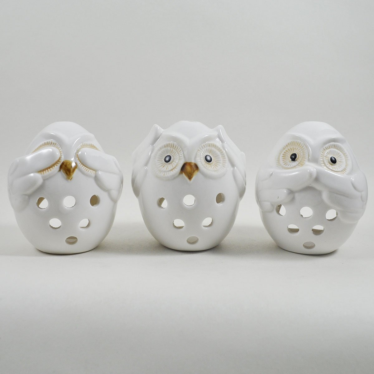 Charming set of 3 Procelain ceramic white Owl Tealight Candle Holder. Perfect Plants