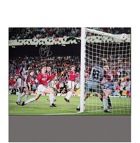 Ole Gunnar Solskjaer Autographed Manchester United 16x12 Photo: 1999 UEFA Champions League Final Goal - ICONS Authentic Signed Autograph