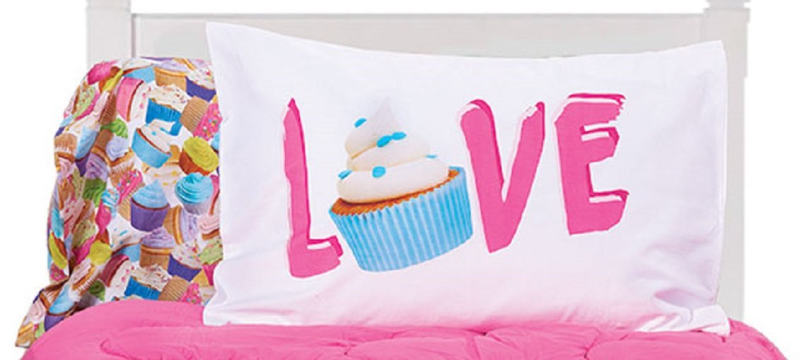 iscream 'Colorful Cupcakes' 100% Cotton 20'' x 30'' Standard Twin Sized Pillowcase Pair