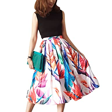a0779e0f69 Chicwish Women's Floral strelitzia Flower Printed High Waist A-Line Midi  Pleated Skirt