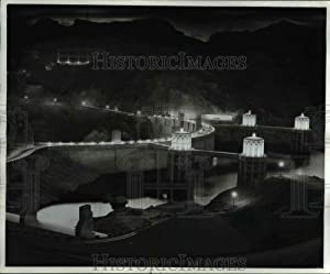 Historic Images - 1986 Press Photo Hoover Dam Near Las Vegas is Eerie When Illuminated at Night.