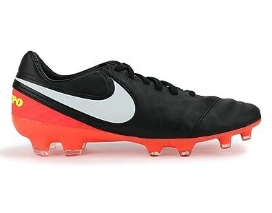purchase cheap f5766 f9a7f Amazon.com | Nike Men's Tiempo Legacy II FG Black/White ...