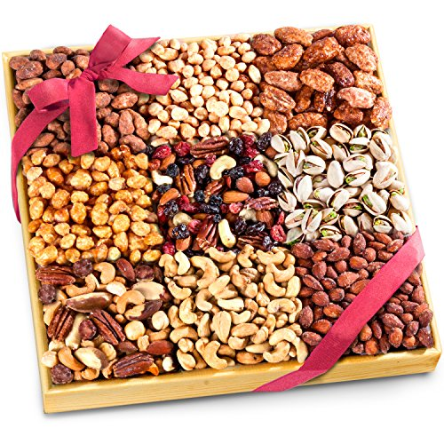 Golden State Fruit 3 Lb Nuts Extravaganza Gift in Wooden Tray