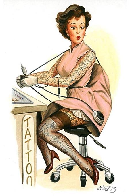 Tatuado Betty por Alex núñez pin-up Girl W/Pistola de tatuaje Fine ...