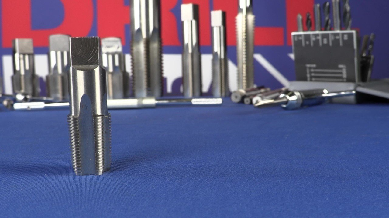 Drill America 6 Piece NPT Pipe Tap Set in Wooden Case High Speed Steel DWT Series 1//8, 1//4, 3//8, 1//2, 3//4 and 1