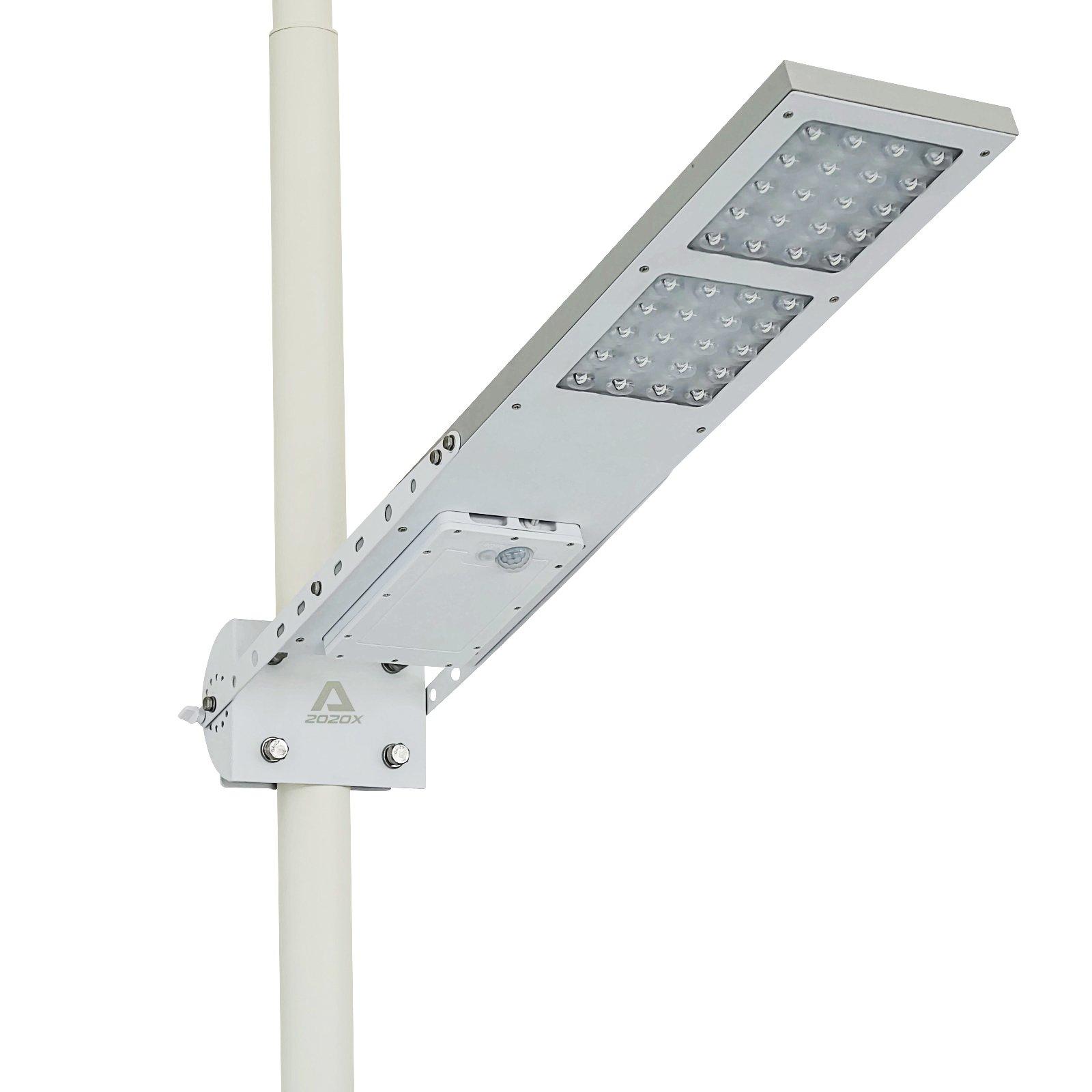 ALPHA 2020X Street Light, 3-Way Setting, Fit Max Pole Diameter 3''