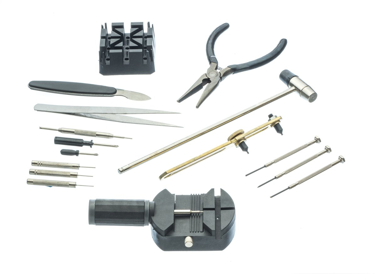 SE 16-Piece Watch Battery and Band Replacement Tool