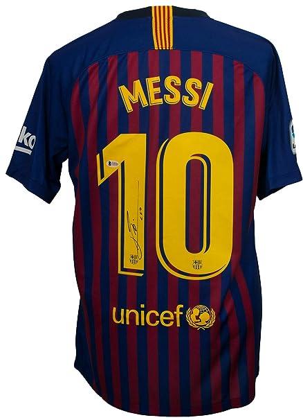 a976f500859 Lionel Messi Signed Nike Barcelona Home Soccer Jersey Medium Beckett+Messi  COA