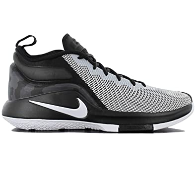 2e9f07a29cd8 Nike Mens Lebron Witness II Basketball Shoe Black White 14  Buy Online at  Low Prices in India - Amazon.in