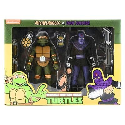 Teenage Mutant Ninja Turtles Michelangelo VS Foot Soldier: Toys & Games