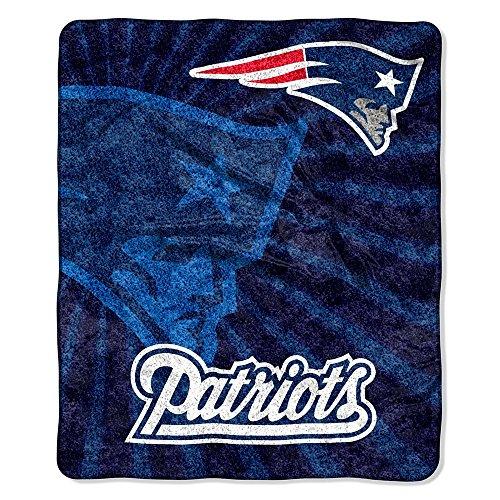 The Northwest Co mpany NFL New England Patriots Sherpa Strobe Throw (Fleece Patriots England New Blanket)