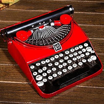 El viejo modelo de máquinas de escribir bar dispone de mueble escaparate decoración suave ,053