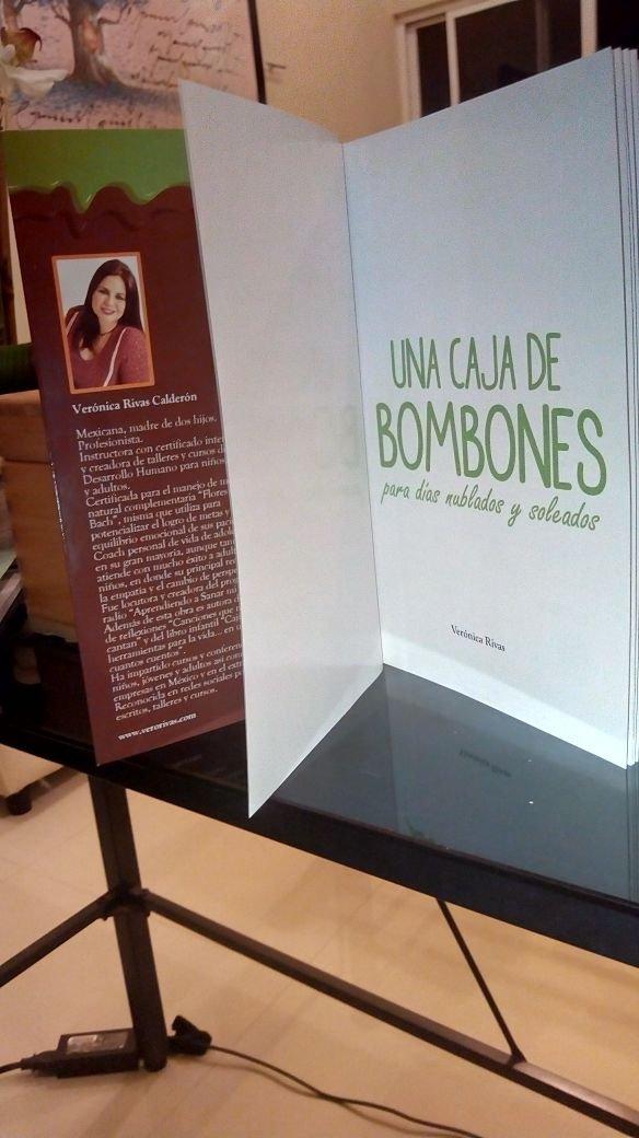 UNA CAJA DE BOMBONES PARA DIAS NUBLADOS Y SOLEADOS Libro de superación personal y equilibrio emocional para jóvenes y adultos: Verónica Rivas Calderón: ...