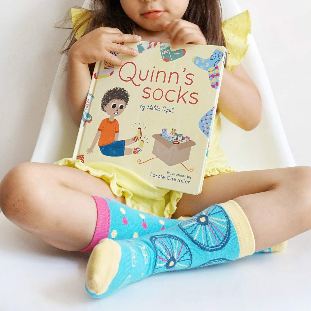 Quinns Socks Toddler or Kid Book and Matching Organic Cotton Kids Socks Gift Set. 0-6 year old Perfect Gift for Baby