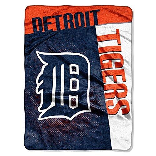 MLB Detroit Tigers Raschel Plush Throw Blanket, Speed Design ()