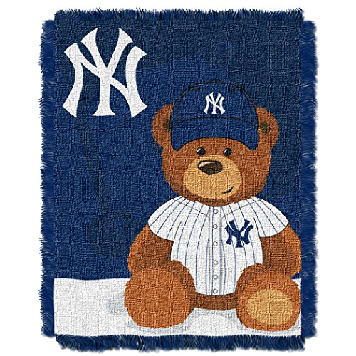 The Northwest Company MLB New York Yankees Field Bear Woven Jacquard Baby Throw, 36