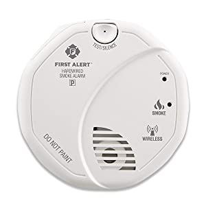 First Alert Hardwired Wireless Smoke Alarm with Photoelectric Sensor and Battery Backup, SA521CN-3ST