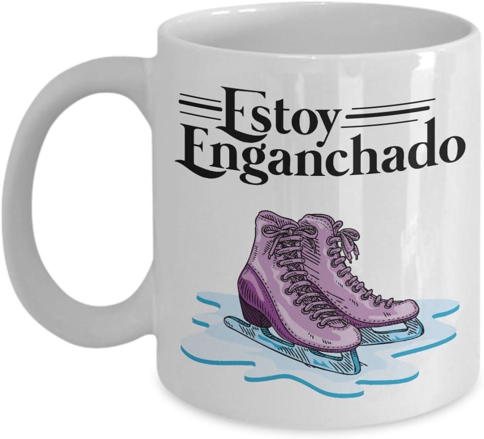 Amazon Com Estoy Enganchado Skating Mexican Style Coffee Tea Gift Mug Stuff For Spanish Speaking Hispanic Ice Skater Men Women Kitchen Dining