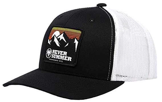 db464f941c090 Amazon.com  Never Summer Retro Mountain Trucker Hat (Black)  Clothing