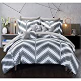10 Piece Geometric Chevron Patterned Sheet Set King Size, Featuring Printed Horizontal Zigzag Stripes Bedding, Pastel Whimsical Herringbone Design, Bold Modern Zig Zag Style Bed In A Bag, Grey, White
