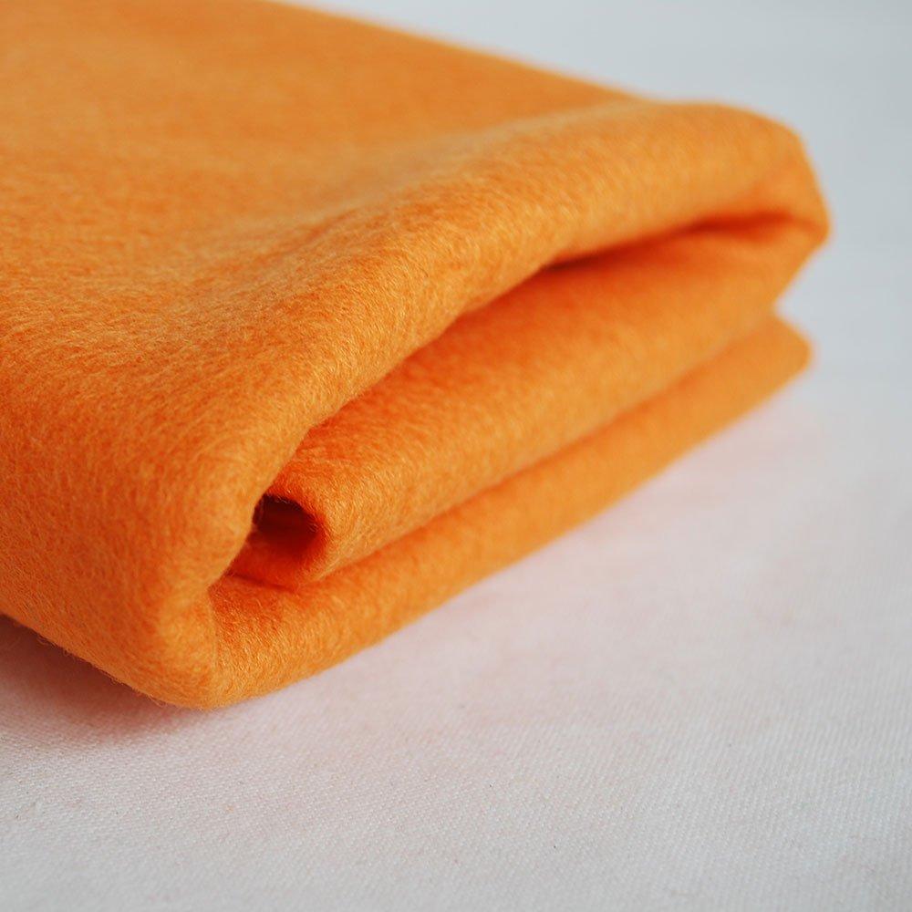 100% Pure Wool Felt Fabric - 1mm Thick - Peach Orange - 160cm x 1 Metre Pfirsich Orange