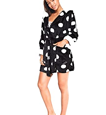 Image Unavailable. Image not available for. Color  Victoria Secret. Pink  Hooded Sherpa Lined Cozy Short Plush Robe ... 368e90d51