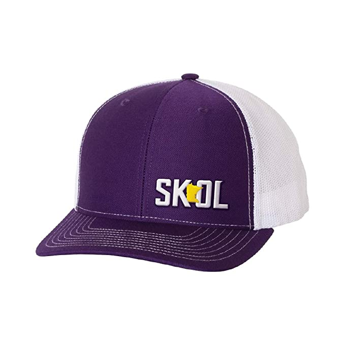 fd8478a2e2962 Amazon.com  The Teehive SKOL Embroidered Snapback Cap Purple White ...