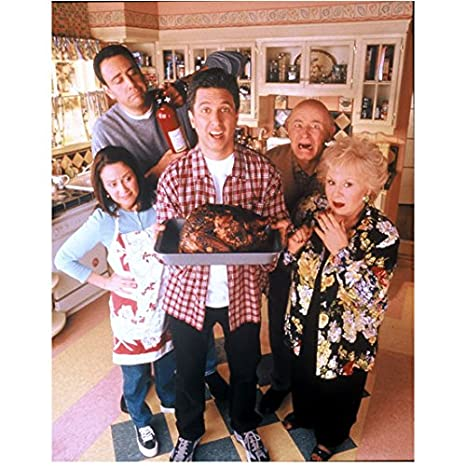 Cast Of Christmas Vacation.Doris Roberts 8 Inch By 10 Inch Photograph Everybody Loves