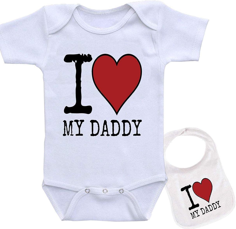 I Love My Daddy Unique Custom Unisex Baby Bodysuit Onesie /& Matching bib