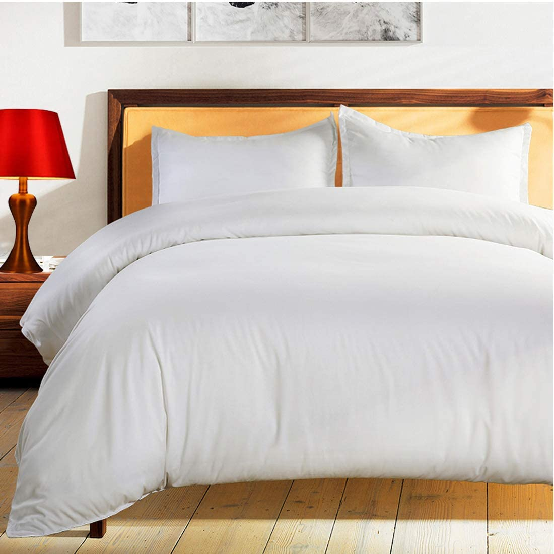 BALICHUN Duvet Cover Set Queen Size White Premium with Zipper Closure Hotel Quality Wrinkle and Fade Resistant Ultra Soft -3 Piece-1 Soft Microfiber Comforter Cover Matching 2 Pillow Shams